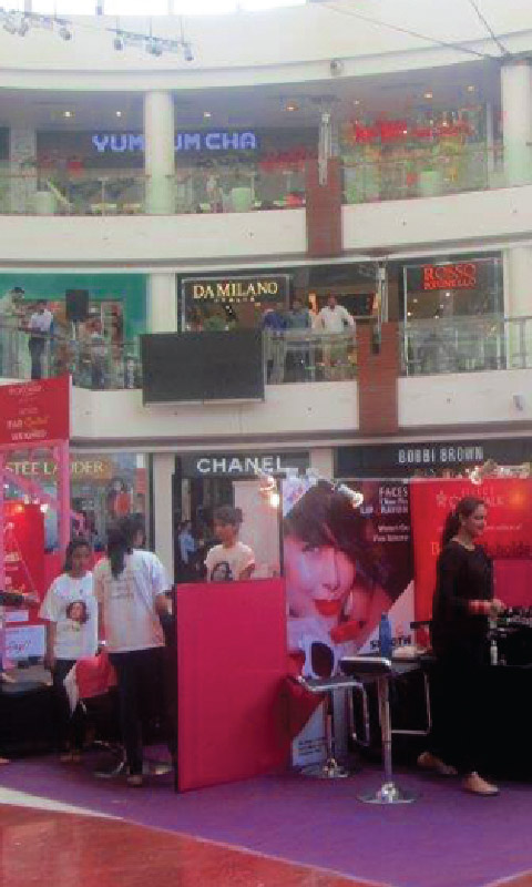 Women's Day at Select CITYWALK