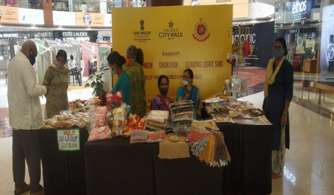 rakshabandhan-janmashtmi-stall-dm-office-south-delhi